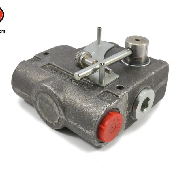 hydraulic flow divider  - dingo 950/k93